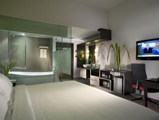 フラマ リバーフロント ホテル